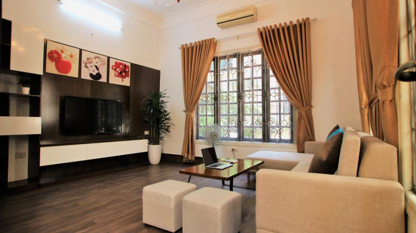 03 bedrooms house in Tay Ho back yard (2)