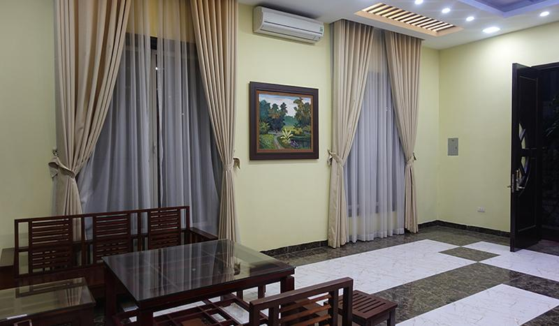 3-bedroom villa Vinhome riverside very luxurious and tranquil