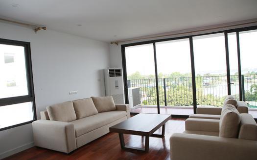 A master three-bedroom apartment Tay Ho, Xom Chua