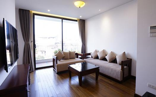 Full-services 2 bedrooms apartment Tay Ho with balcony