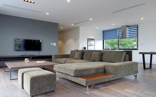 Top-quality-apartment-Tay-Ho-2-bedroom-To-Ngoc-Van