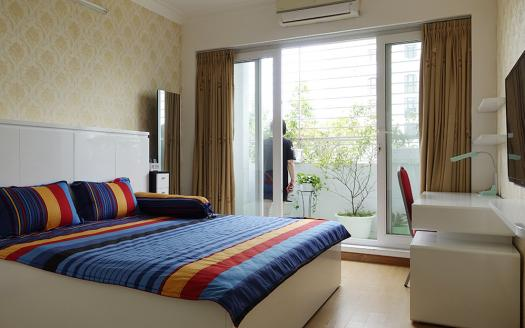 Hai Ba Trung serviced apartment, One bedroom flat with nice balcony