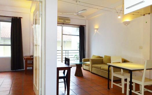 Tay Ho apartment 2-bedroom extremely bright
