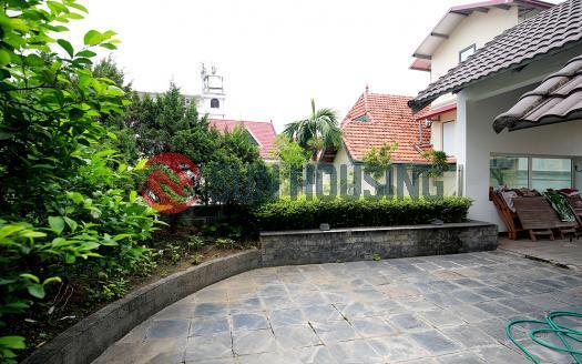 Villa Westlake Hanoi, three bedrooms, green terrace.