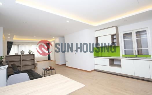 Studio serviced apartment Truc Bach with large living space