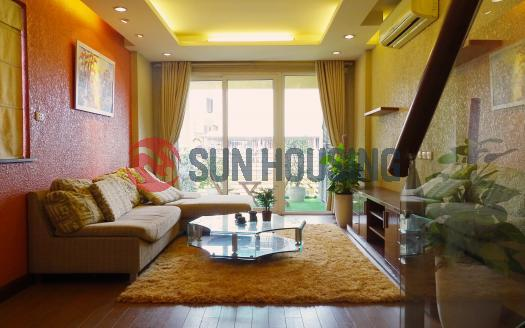 Duplex apartment Hai Ba Trung Hanoi two-bedroom lovely balcony