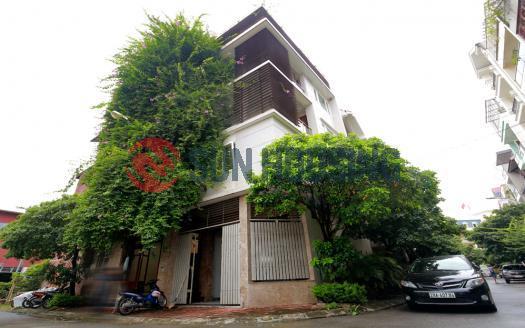 Villa Westlake Hanoi for rent, three bedrooms and spacious.