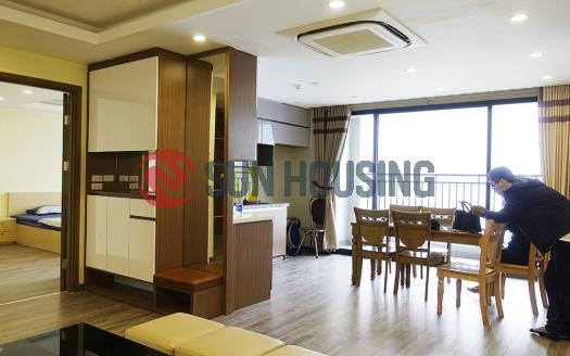 03-bedroom apartment Hong Kong Tower | City-viewing balcony