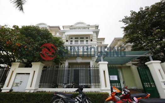 Renovated 5 bedroom Villa for rent in Ciputra, D block