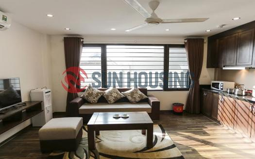 Elegant serviced 2-br apartment Granda, Tran Quoc Hoan str, Hanoi