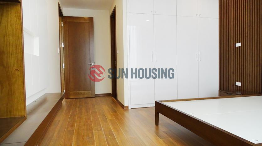 For rent 2 bedroom apartment Sun Grand City, city view