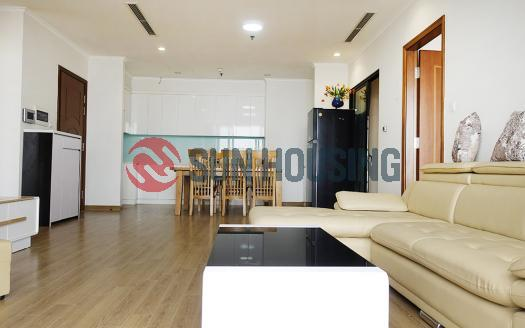 For rent 3 bedroom apartment in R6 Royal City, good price