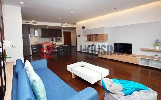 Splendid 4 bedroom apartment in Lancaster Ba Dinh for rent | 180 sqm