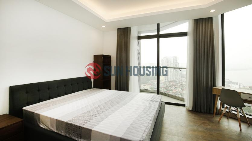 Lake-view 1 bedroom apartment in Sun Grand City for rent