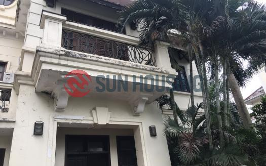 Classic villa in Ciputra for rent 04 bedrooms in D Block