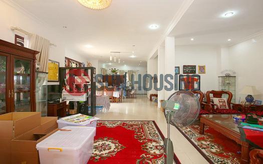 4 bedroom Villa Ciputra for lease in C block, 250 sqm