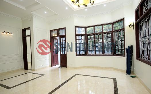 Unfurnished house for rent in Tay Ho Hanoi, 5 bedrooms