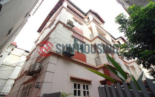 Lovely house 5 bedrooms for rent in Westlake Hanoi, Tay Ho street