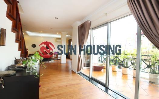 Beautiful three-bedroom penthouse in Hoan Kiem District – city center