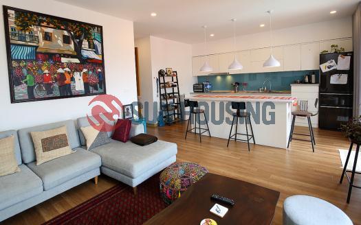 For rent duplex apartment in quiet Xuan Dieu lane, 3 bedrooms