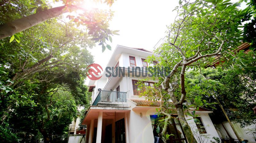 Garden and swimming pool Villa for rent in Center of Tay Ho Hanoi