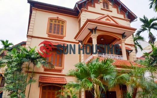 Classic four bedroom house with garden in Tay Ho, Hanoi