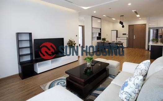 Good quality Metropolis 3 bedroom apartment on the high floor for rent