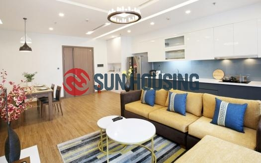 High floor Metropolis 4 bedroom apartment for lease. Fully furnished. 116m
