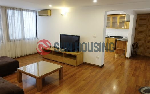Older budget apartment in Dong Da for rent today. 90m2 & 2 bedrooms.