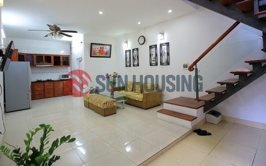 Modest house in Tay Ho for rent.