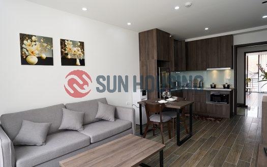 Tay Ho apartment on To Ngoc Van Street. Great price