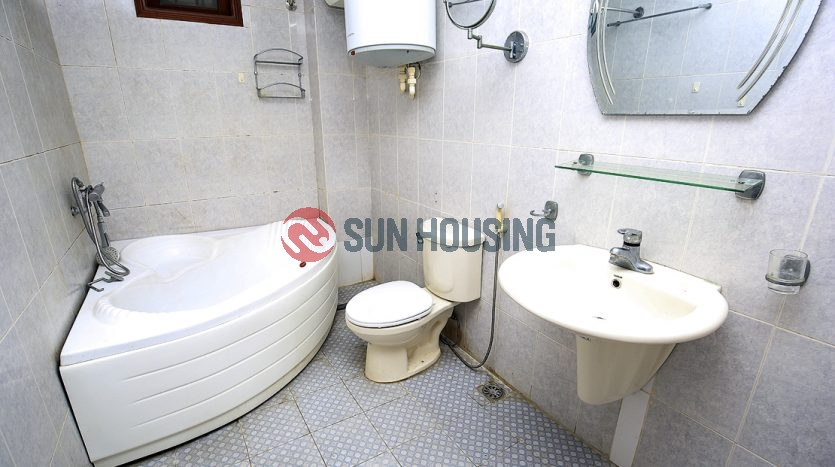 Find a good house in Tay Ho is not that difficult. 4BR 1200