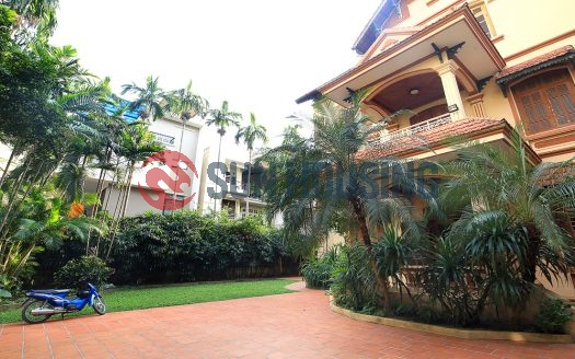 Romanticist garden house 4 bedroom in Tay Ho to rent