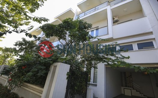 This Unfurnished villa in Ciputra Hanoi is ready for rent now