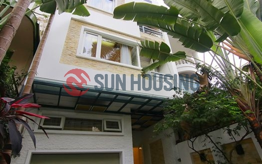 Modern 4 bedroom house for rent in Dang Thai Mai, Tay Ho