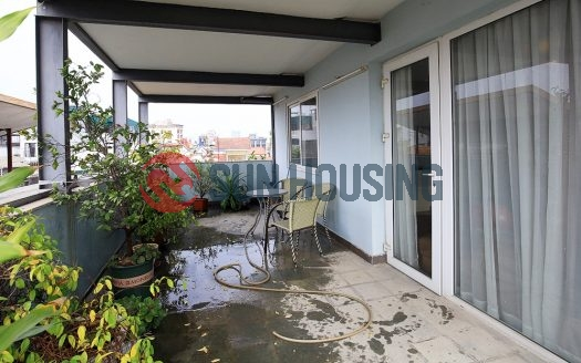 Good price Tay Ho 1 bedroom apartment with large balcony in To Ngoc Van