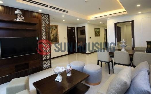 Fully furnished 3 bedroom apartment in Aqua Central for rent with good price.