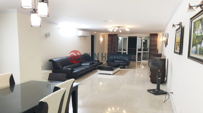 Apartment in P1 Building of Ciputra Hanoi for rent.