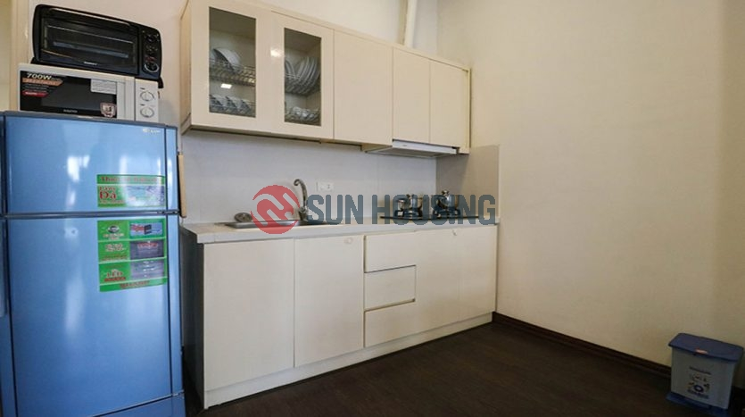 Nice serviced apartment 2 bedrooms is quite a space, has good natural light in Kim Ma street (1)