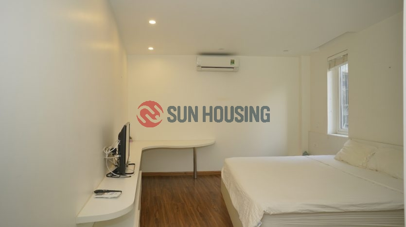 Westlake view 2 bedrooms service apartment in Yen Phu street to rent
