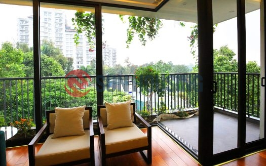 A tropical balcony 2 bedrooms apartment for rent in Tay Ho (West lake)