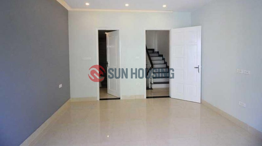 A basic 3 bedroom house in Au Co, newly finished, good price & quality
