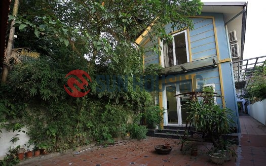 Rent a Tay Ho house with 2 bedrooms, shared yard and garden.