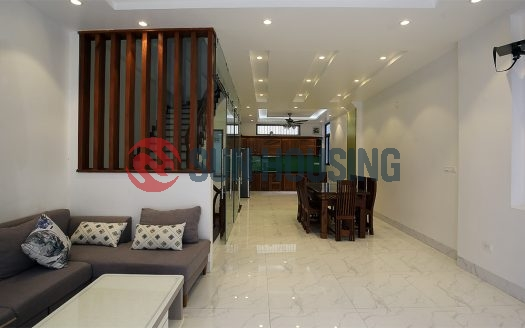 To Ngoc Van house for rent now. 4 bedrooms /w private bathroom. 1400$