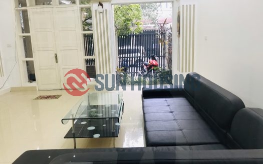 Nice villa 4 bedrooms in Ciputra for lease