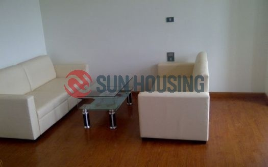 Affordable price, modern and stylish 02 bedroom apartment in Dich Vong for lease.