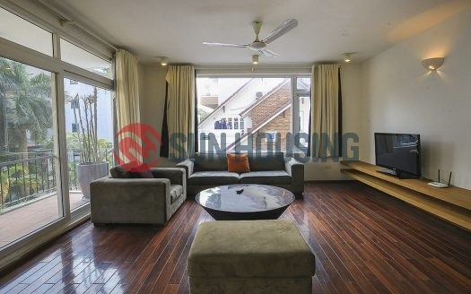 A spacious 2 bedroom apartment in Tay Ho center, 4 floor, no lift but good price
