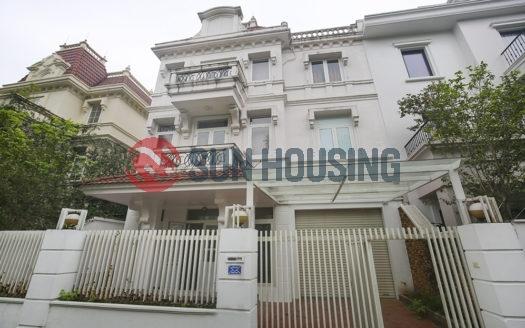 Empty nice villa 4 bedrooms in T block Ciputra, Nguyen Hoang Ton street for lease.