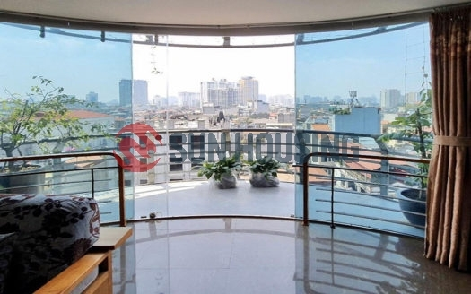 Larger balcony with city view 3 bedrooms for rent located in Doi Can street, Ba Dinh.