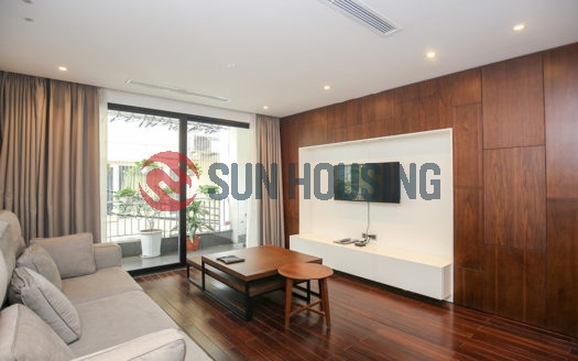 Quality 2 bedroom apartment in Tu Hoa Street for rent with good price